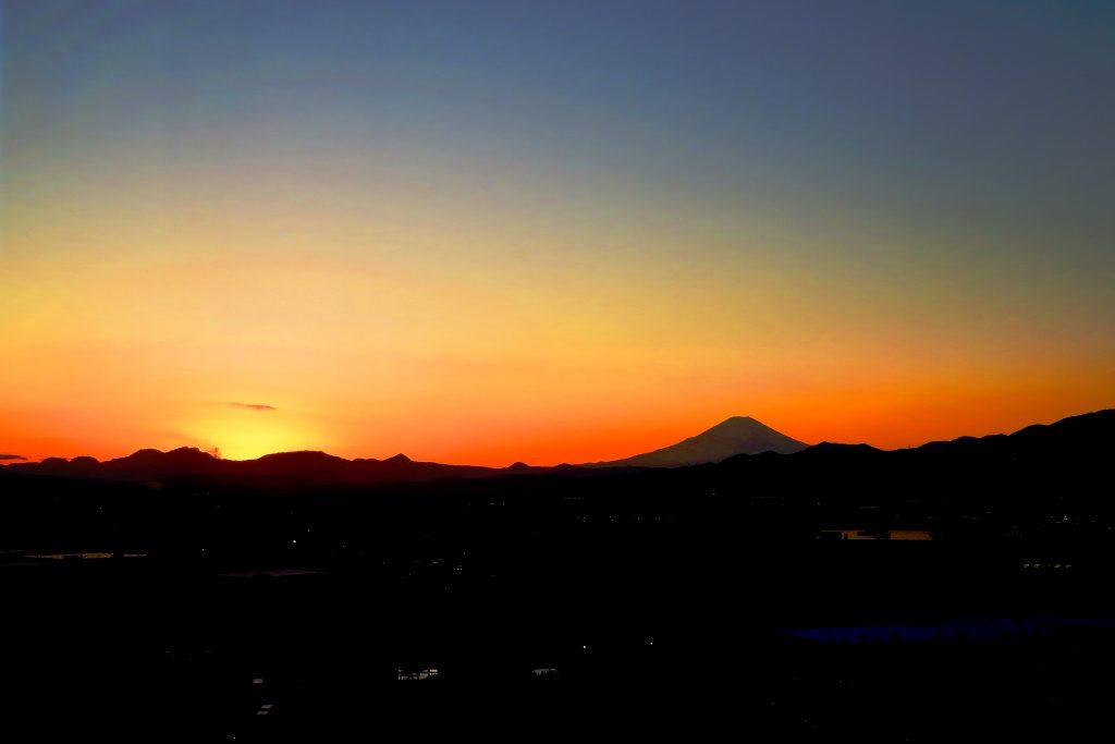 2019年11月30日展望室からの夕暮れ写真