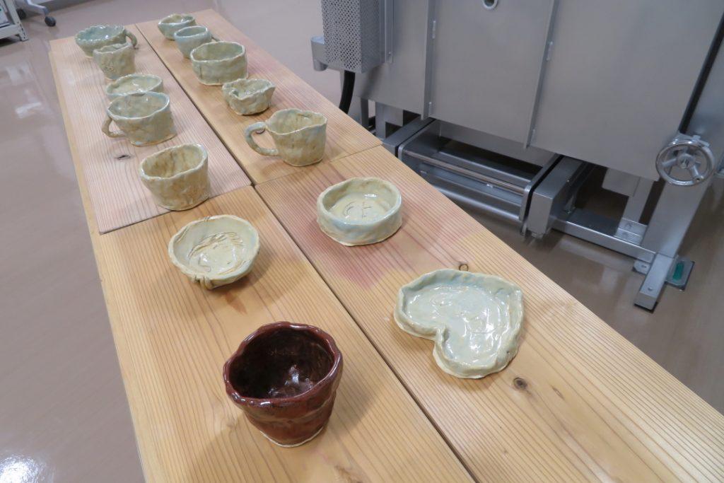 陶芸体験教室の完成作品写真