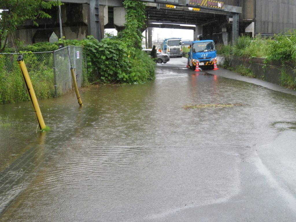 20210703新幹線高架下冠水状況